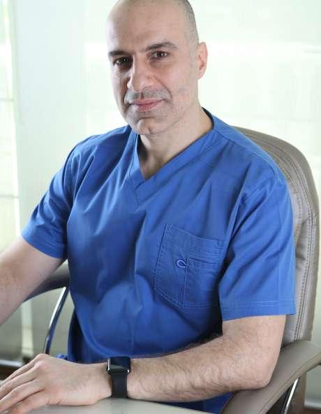 Dr. Raafat Lakkis Clinical Dermatologist In Dubai