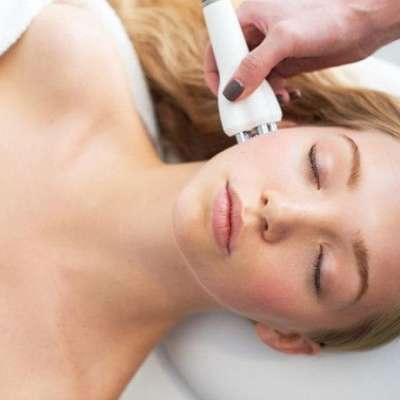 Diamond Skin Tightening Facial