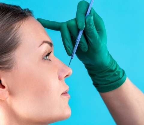 Surgical or Non-Surgical Rhinoplasty? Which one is Best for You
